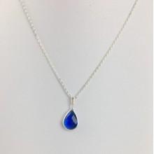 Stone Quartz Necklace Dark Blue