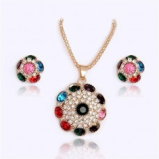 18 Carat Gold plated Rhinestone Crystals Flower Necklace Earrings Jewelry Set